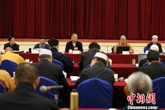 坚持宗教中国化方向、反映信教群众呼声
