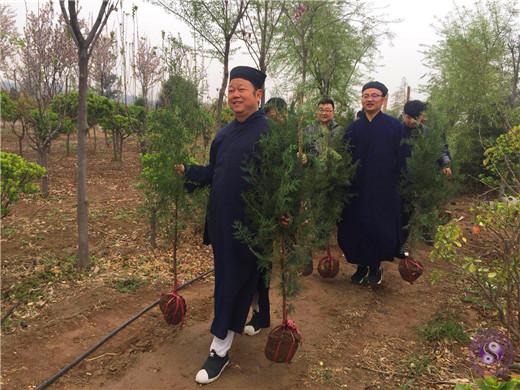 """咸阳道协举行""""种福田""""植树活动"""